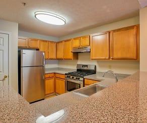 Kitchen, Hampton Knoll Apartments