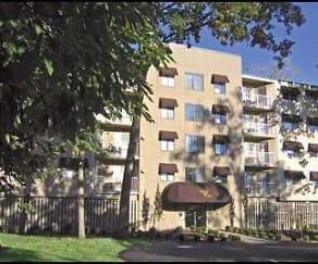 Building, Regal Oaks