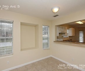 539 3Rd Ave S, Palm Valley, FL