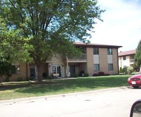 Building, Prairie Village Apartments