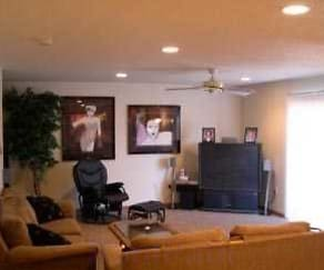Living Area, West Lake Townhomes