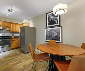 Kitchen, Sheridan Ocean Club Apartments