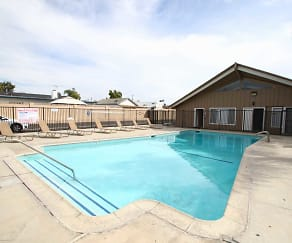 Pool, Anaheim Cottages