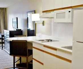 Kitchen, Furnished Studio - Detroit - Southfield - Northwestern Hwy.