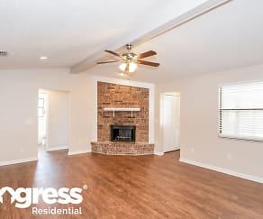 Living Room, 460 Kevin Dr
