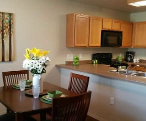 Kitchen, Prairie Meadows Townhomes