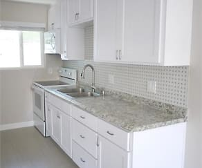 Kitchen, Hazelwood Apartments