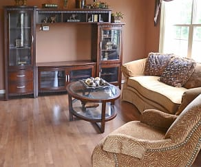 Living Room, Harvard Oaks