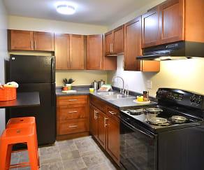 Kitchen, Stillwater Park Apartments