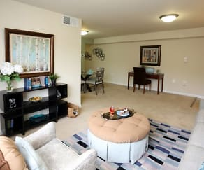 Living Room, Regency Pointe