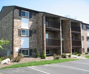 Building, Barre Run Apartments