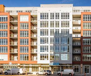 Building, Metreau Apartments
