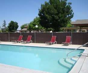Pool, Chowchilla Garden Apartments
