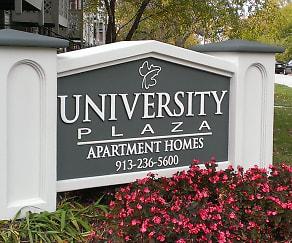 Community Signage, University Plaza