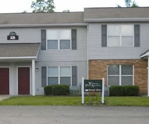 Building, Whispering Pines Apartments