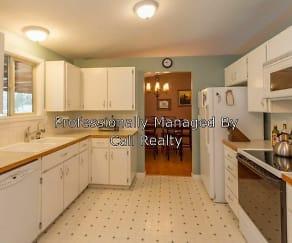 Kitchen, 1208 E Woodglen Ct