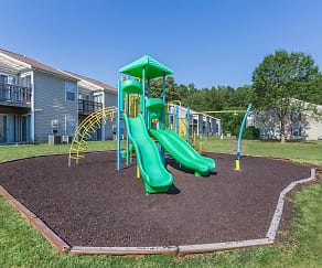 Playground, Pinetree Apartments