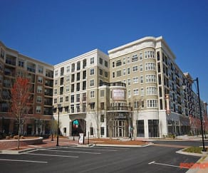 Building, GoodWynn at Town: Brookhaven