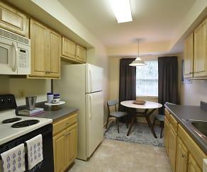 Kitchen, Village Of Pine Run