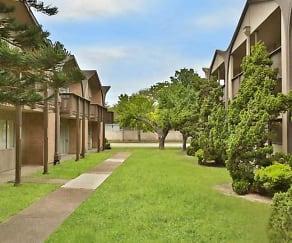 Courtyard, Fairway