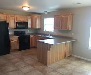 Kitchen, 16075 Holy Cross Ln