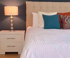 Bedroom, Summit Hill Apartments