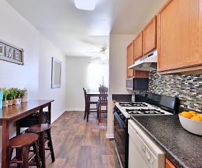 Cedar Creek Apartment Homes, Glen Burnie, MD