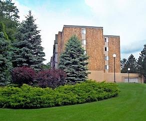 Building, Park Guilderland Apartments