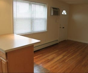 Arlington Park Apartments, 07031, NJ