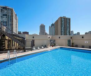 Pool, 1120 N Lasalle