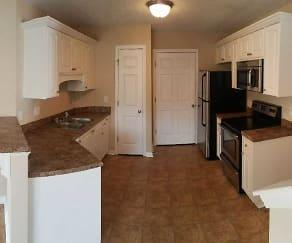 Kitchen, Harris Ridge Townhomes