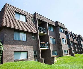 Building, Brenbrook Apartments