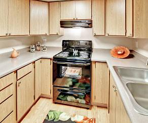 Kitchen, Fox Creek Apartments