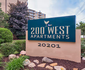 Community Signage, 200 West Apartments