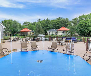 Pool, Twin Lakes Apartments