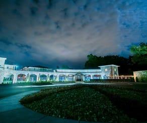 The Villa at River Pointe Drive, 72113, AR