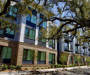 Building, Park + Broad Boutique Apartments