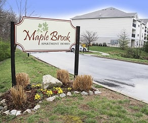 Community Signage, Maple Brook Apartments