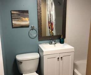 Bathroom, MLK Apartments