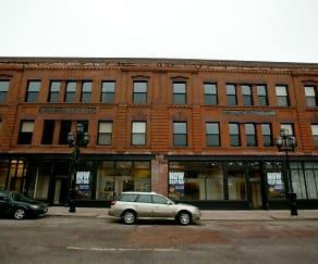 10 W 1st Street, 10 W 1st Street