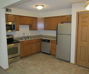 Kitchen, Colonial Gardens Apartments