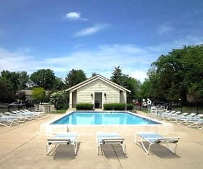 Pool, Village Green