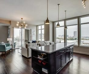 Kitchen, 75204 Luxury Properties