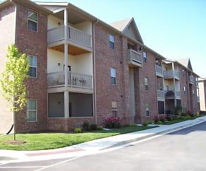 Building, Crossroads Apartments