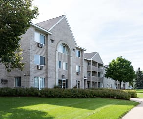 Wedgewood Park Apartments, Anoka, MN