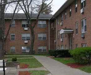 Courtyard, Town and Country Apartments