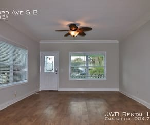 411 3Rd Ave S B, Palm Valley, FL