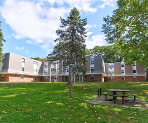 Building, Glenbrook at Rocky Hill