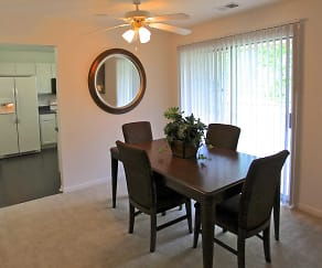 Dining Room, Eagle Creek Court