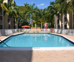 Pool, Westland 49 Apartments